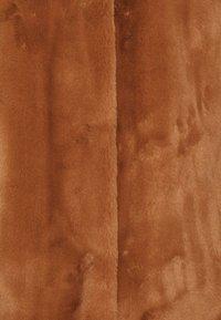 FUCHS SCHMITT - Short coat - vikunja - 2