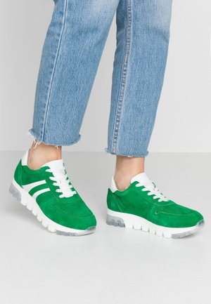 LACE-UP - Joggesko - green