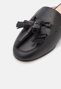 kate spade new york - CADENZA - Pantofle - black - 6