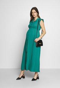Pomkin - BEATRIZ - Długa sukienka - émeraude - 1