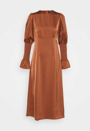 BLOOM DRESS - Maxi šaty - burnt brick