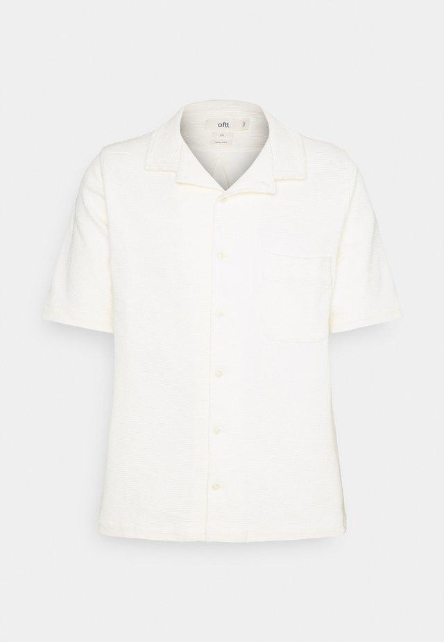 WAFFLE - Vapaa-ajan kauluspaita - off white