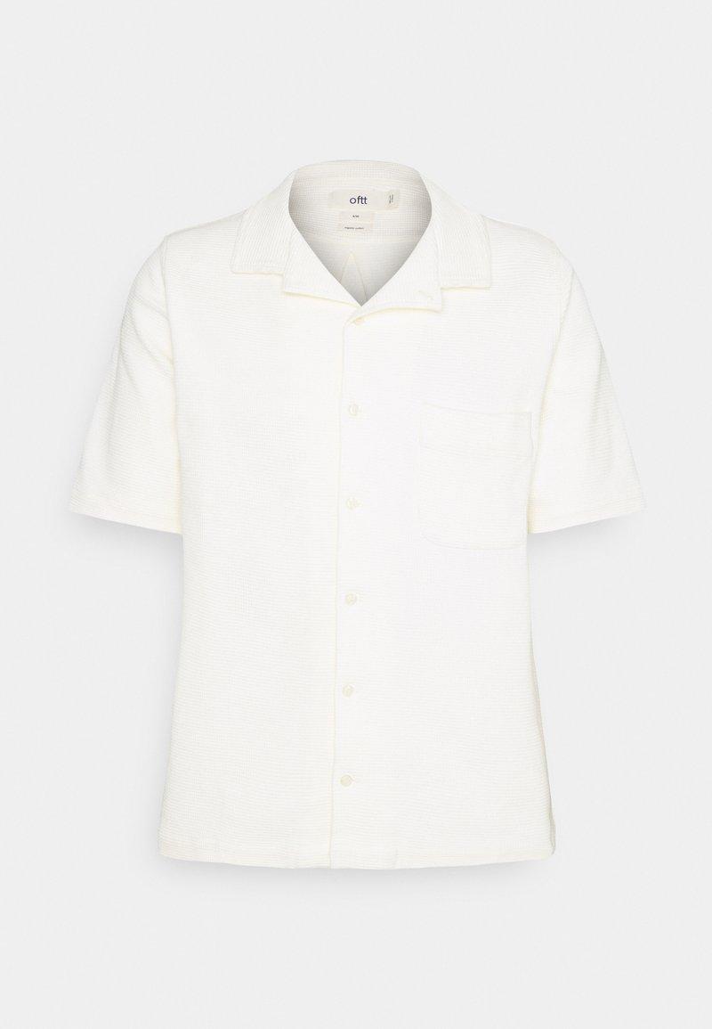 oftt - WAFFLE - Vapaa-ajan kauluspaita - off white