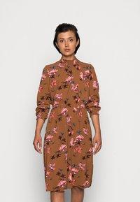 ONLY - ONLNOVA LUX SMOCK DRESS - Kjole - argan oil/fall devon - 0