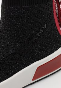 DKNY - DAWSON - High-top trainers - black/red - 6