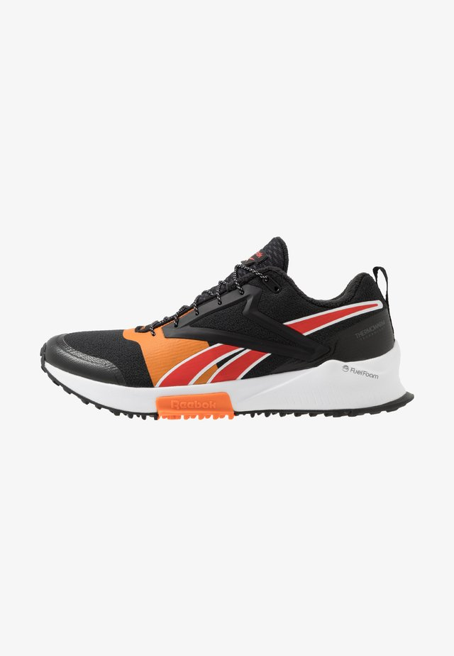 LAVANTE - Zapatillas de trail running - black/high vis orange/instinct red