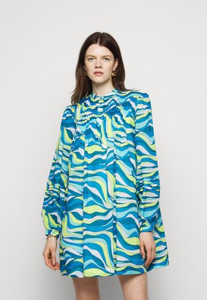 SWIRL MINI SHIFT DRESS - Shirt dress - limeade