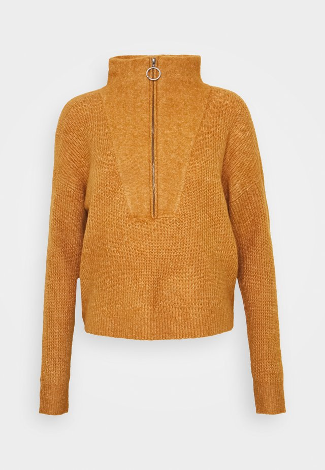 NMNEWALICE HIGH NECK - Strikpullover /Striktrøjer - brown sugar