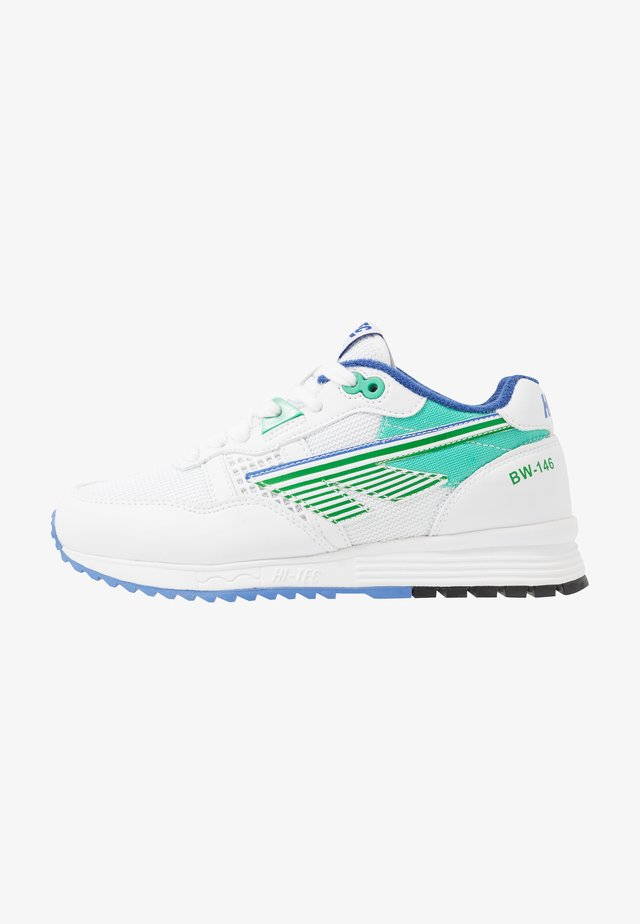 BW 146 - Sports shoes - white/ever green/purple