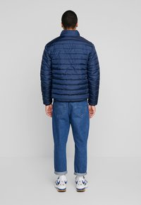 Only & Sons - ONSGEORGE QUILTED HIGHNECK - Chaqueta de entretiempo - dress blues - 2