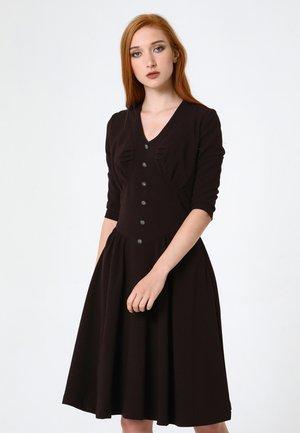 DAISY - Day dress - braun