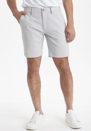 SLIM FIT - Shorts - fog gray