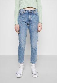 Monki - Jeans a sigaretta - blue medium dusty - 0