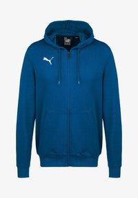 Puma - TEAMGOAL 23 CASUALS TRAININGSJACKE HERREN - Zip-up hoodie - electric blue lemonade - 0