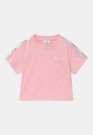 LEGACY AMERICAN CLASSICS - Print T-shirt - light pink
