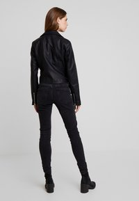New Look - DONNA CROPPED JACKET - Faux leather jacket - black - 2