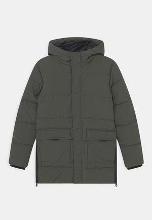 TEEN - Winter coat - dark pine