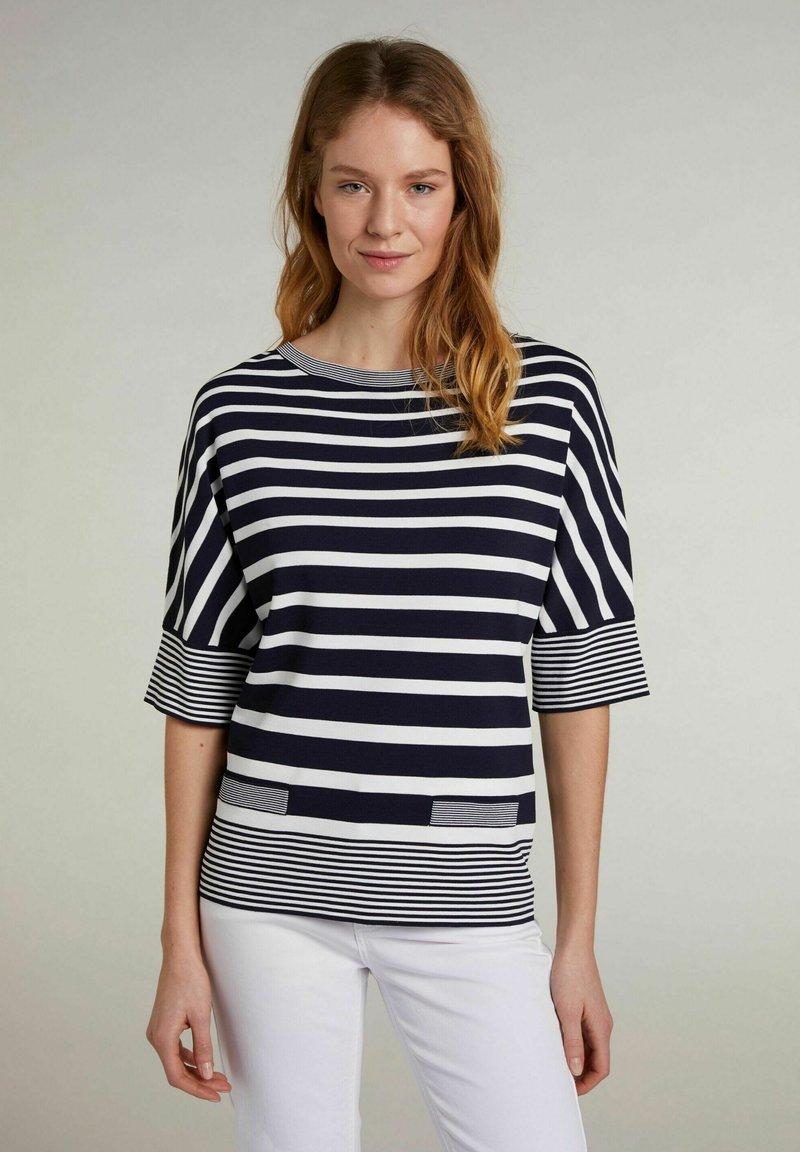 Oui - MIT STREIFEN - T-shirt imprimé - lt blue white