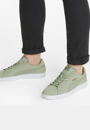 SMASH  - Trainers - sage- sage-vetiver-white
