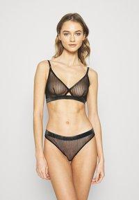 Weekday - POLLY SOFT BRA - Triangle bra - black - 1