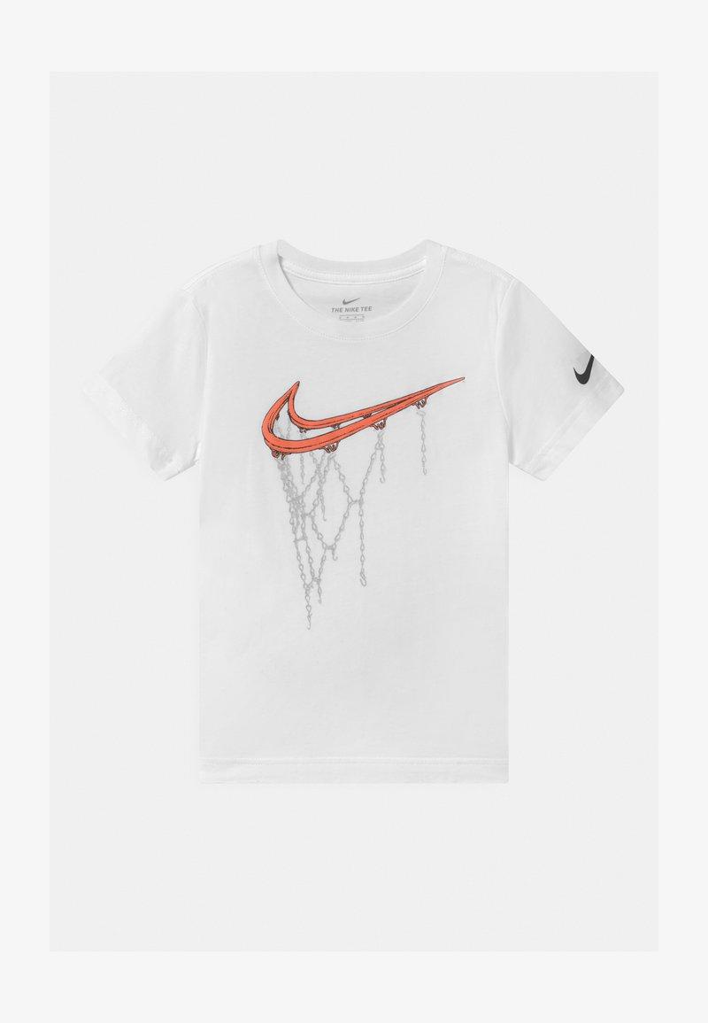 Nike Sportswear - HOOP  - Triko spotiskem - white