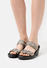 Skechers - RUMBLE ON - Heeled mules - pewter - 0