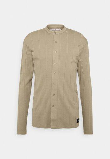 REACT GRANDAD  - Camicia - beige