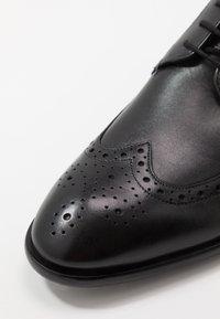 Ted Baker - TRVSS - Smart lace-ups - black - 6