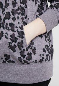 Nike Sportswear - GYM PLUS - Cardigan - grey/anthracite - 5