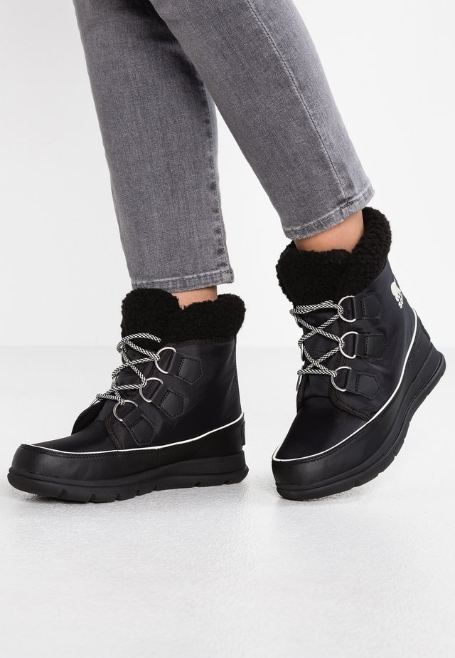EXPLORER CARNIVAL - Winter boots - black/sea salt