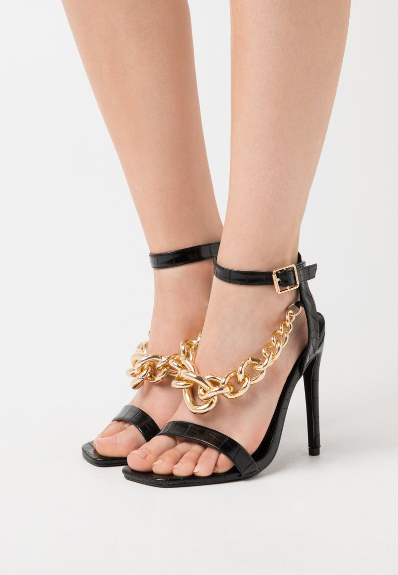 Missguided - LARGE CHAIN - Sandały na obcasie - black