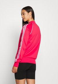 adidas Originals - TRACKTOP - Treningsjakke - power pink/white - 2