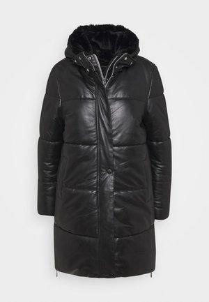 BERRY - Winter coat - black