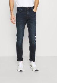 Tommy Hilfiger - EXTRA SLIM LAYTON - Jeans slim fit - burke blue - 0