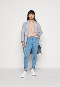 Wallis Petite - V NECK JUMPER - Pullover - blush - 1