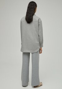 PULL&BEAR - Light jacket - grey - 2