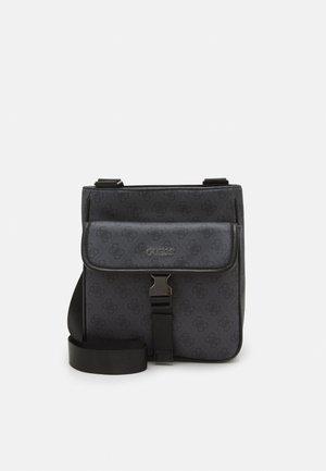 VEZZOLA SMART UNISEX - Laptop bag - black