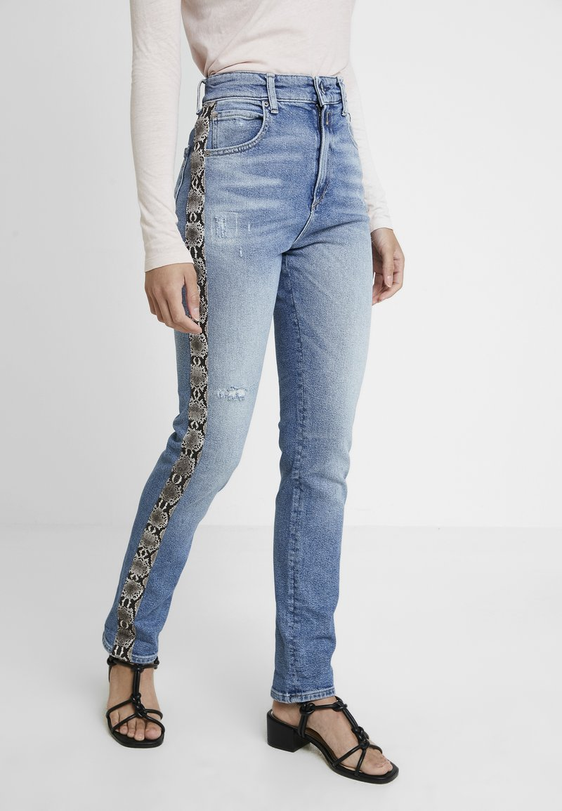 Replay - NENEH - Slim fit jeans - light blue