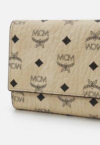 MCM - Wallet - beige - 3