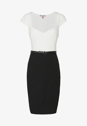Kjole - white/black
