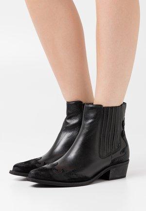 BIADELORA WESTERN CHELSEA - Cowboy/biker ankle boot - black