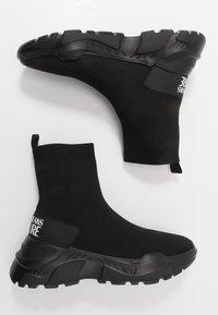 Versace Jeans Couture - Vysoké tenisky - black - 1