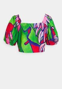 Farm Rio - PUFF SLEEVES - T-shirts med print - tropical bunch - 1