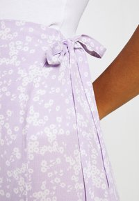 Cotton On - DREW WRAP SKIRT - A-line skirt - lena ditsy powder lilac - 4