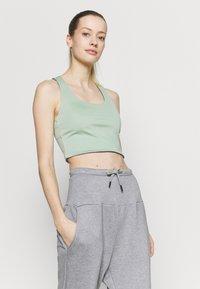 Cotton On Body - LOVE YOU A LATTE REVERSIBLE VESTLETTE - Top - mint chip/khaki - 4