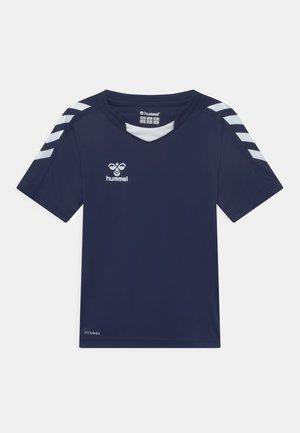 CORE POLY UNISEX - Print T-shirt - marine