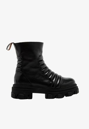 EMBO - Ankle boot - black