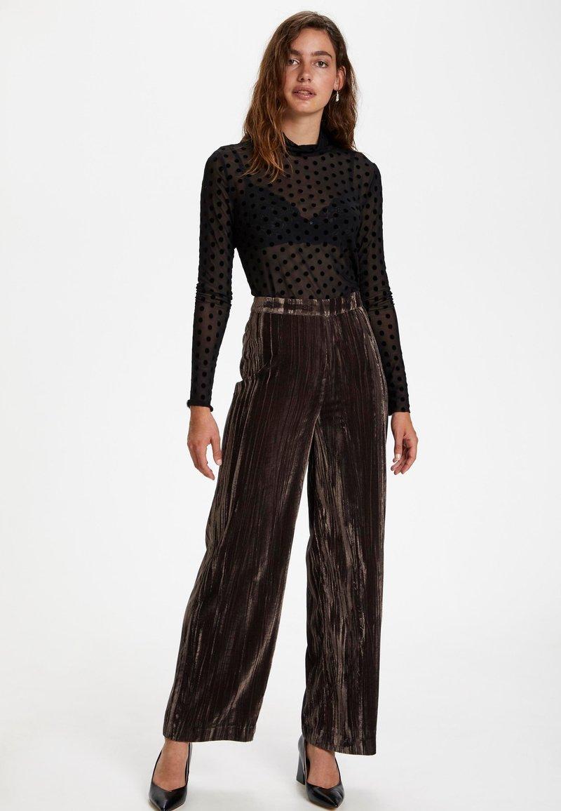 Soaked in Luxury SLPRICKLE - Bluse - black/schwarz hnptEU