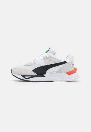 MIRAGE SPORT REMIX UNISEX - Sneakers - white/vaporous gray