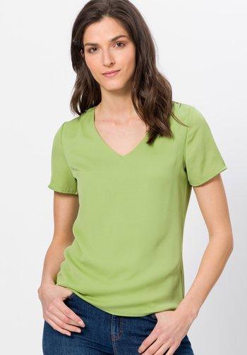 Blouse - grass green